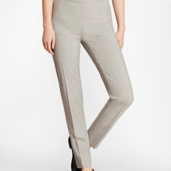 Woman's suit that's very stretchy. Easy movement